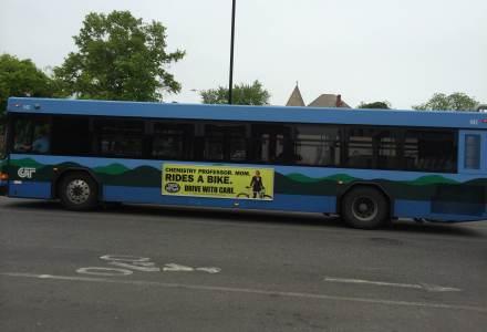 bus-ad
